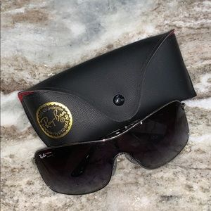 Ray-Ban authentic sunnies